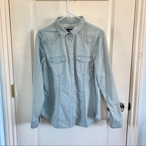 H&M Tops - (NWT) H&M | Light Blue Denim Button Up Shirt